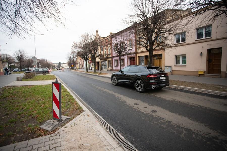 Droga wojewódzka nr 255 w Pakości (powiat inowrocławski), fot. Mikołaj Kuras dla UMWKP