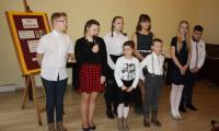 Montaż słowno-muzyczny - uczniowie Zespołu Szkół w Mycielewie