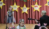 Kornelia Kuźma 7 lat, Zofia Urbańska 7 lat, nauczyciel Dorota Wasielewska -Przedszkole Publiczne nr 29 we Włocławku