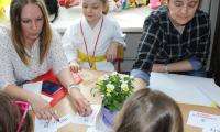 Wiktor Krutulski 6 lat, nauczyciele (od lewej) - Paulina Murawko -Przedszkole Publiczne nr 14 we Włocławku i  Dorota Piekarska - Przedszkole publiczne nr 22 we Włocławku
