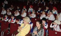 Uczestnicy przeglądu na widowni