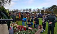 Breda - pod pomnikiem Za naszą i waszą wolność