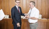 Podpisanie umów, fot. Andrzej Goiński