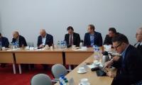 Członkowie i goście Zespołu ds. polityki gospodarczej, rynku pracy i strategii rozwoju województwa