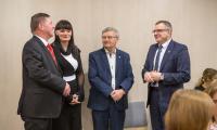 Uroczyste podpisanie umowy na modernizację drogi wojewódzkiej nr 559 z Lipna do granicy województwa, fot. Szymon Zdziebło/Tarantoga.pl