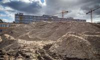 Budowa szpitala na Bielanach, marzec 2017; fot. Szymon Zdziebło/tarantoga.pl dla UMWKP