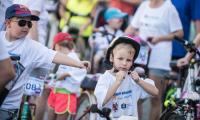 Rodzinny rajd rowerowy w Żninie, fot. Tymon Markowski dla UMWKP