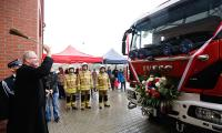 Przekazanie wozu strażackiego OSP w Łubiance, fot. Mikołaj Kuras dla UMWKP
