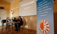 """Konferencja """"Od białej laski do audiodeskrypcji"""" w ośrodku Braille'a, fot. Filip Kowalkowski"""
