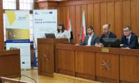 Pani Anna Stol prezentuje założenia współpracy w ramach EWT