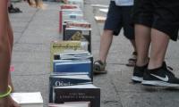 Domino-labirynt z książek