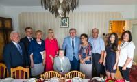 Wizyta członek zarządu województwa Anety Jędrzejewskiej u Stanisławy Tomaszewskiej, fot. Łukasz Piecyk