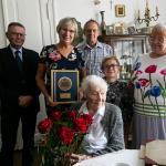 Wizyta wicemarszałka Zbigniewa Ostrowskiego u Janiny Ambroziak, fot. Filip Kowalkowski