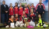 Zwycięska drużyna dziewcząt ze Szkoły Podstawowej nr 6 w Inowrocławiu , fot. Marin Drogorób