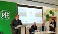 """Podpisanie umów na powierzenie grantów na projekty społeczne przez beneficjentów Bydgoskiej Lokalnej Grupy Działania ,,Dwie Rzeki"""" odbyło się 27 września w siedzibie LGD, fot. A. Stabińska (BLGD ,,Dwie Rzeki"""")."""