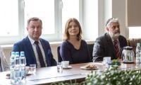 """Konferencja prasowa dotycząca projektu """"Regiogmina"""" w Urzędzie Marszałkowskim, fot. Szymon Zdziebło/Tarantoga.pl"""