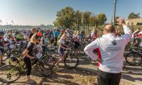 Rajd rowerowy w Toruniu, fot. Szymon Zdziebło/Tarantoga.pl