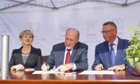 Uroczystości podpisania aktu erekcyjnego oraz wmurowania kamienia węgielnego pod budowę nowych laboratoriów UTP, fot. Ryszard Wszołek