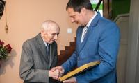 W ciągu ostatnich miesięcy specjalne wyróżnienia - medale marszałka Unitas Durat Palatinatus Cuiaviano-Pomeraniensis z okazji 100. rocznicy odzyskania niepodległości otrzymało blisko 90 rówieśników niepodległej - osób urodzonych w 1918 roku i wcześniej, świadków historii ostatniego stulecia, fot. Andrzej Goiński