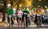 """6 października 2018, Rodzinny rajd rowerowy """"Ku Niepodległej"""" w Bydgoszczy, fot. Filip Kowalkowski"""