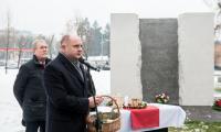 Wigilia dla nieobecnych pod pomnikiem Pamięci Ofiar Zbrodni Pomorskiej 1939