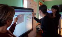 Poznawanie możliwości tablicy multimedialnej