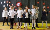 Piosenka w wykonaniu uczniów klas 1-3, fot. KPSOSW im. J. Korczaka w Toruniu