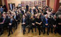 Wicemarszałek Zbigniew Ostrowski wręczył medal Unitas Durat Muzeum Ziemi Szubińskiej, fot. Filip Kowalkowski