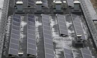 Panele fotowoltaiczne będą produkować energię elektryczną do zasilania oświetlenia zewnętrznego, fot. Mikołaj Kuras dla UMWKP