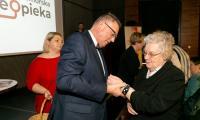 Przekazanie bransoletek życia w Bydgoszczy, fot. Filip Kowalkowski dla UMWKP