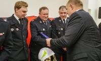 Przekazanie sprzętu strażackiego dla jednostek OSP, fot. Szymon Zdziebło/tarantoga.pl