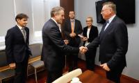 Spotkanie wicemarszałka Zbigniewa Ostrowskiego i ambasadora Belgii Luca Jacobsa, fot. Mikołaj Kuras dla UMWKP