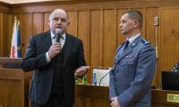 Podpisanie umowy z policją, fot. Szymon Zdziebło/tarantoga.pl