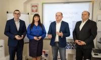 Pierwszą lekcję online przeprowadziła polonistka z X LO w Toruniu Jolanta Serocka, fot. Mikołaj Kuras dla UMWKP