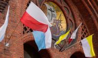 Bydgoszcz w barwach papieskich, fot. Filip Kowalkowski dla UMWKP