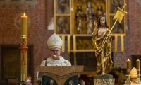 Uroczysta msza św. w toruńskiej Katedrze w setną rocznicę urodzin św. Jana Pawła II, fot. Szymon Zdziebo/tarantoga.pl dla UMWKP