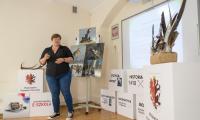 Dorota Sajbor, edukator Nadgoplańskiego Parku Tysiąclecia mówiła o ochronie środowiska na Kujawach i Pomorzu, fot. Mikołaj Kuras dla UMWKP