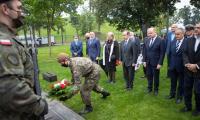 Uroczystości pod pomnikiem Pamięci Ofiar Zbrodni Pomorskiej 1939, fot. Mikołaj Kuras dla UMWKP