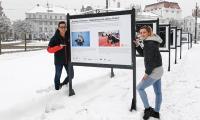 """Wystawa fotograficzna """"Kujawy i Pomorze"""" zimową stolicą lekkiej atletyki i jej autorzy, fot. Julita Kosińska/UMWKP"""