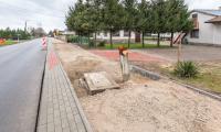 Budowa ścieżki rowerowej wzdłuż drogi wojewódzkiej nr 657 pomiędzy Złotorią i Lubiczem Dolny, fot. Szymon Zdziebło tarantoga.pl dla UMWKP