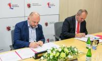 Podpisanie porozumień w sprawie budowy obwodnic Chełmży i Łysomic, fot. Andrzej Goiński UMWKP