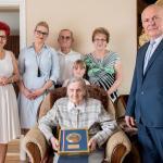 Członek zarządu Aneta Jędrzejewska z wizytą w domu Lucyny Głowińskiej fot. Łukasz Piecyk
